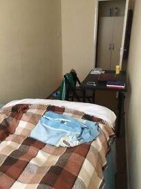 ! 2 Lovely Double Rooms in Kilburn Park !