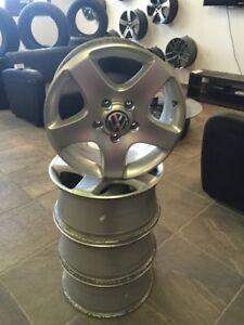 "17"" OEM VW Wheels / DYNASTY AUTO"