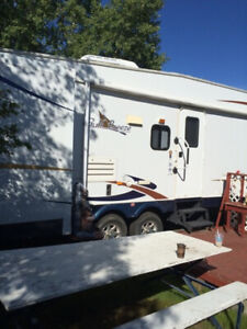 5 TH WHEEL   HAVE A LOOK TRY YOURE OFFER