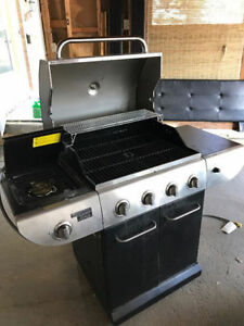Maser Chef Natural Gas BBQ - Like new, comes with cover