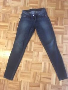 Guess jeans - size 24