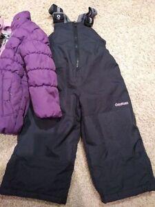 Girls Oshkosh Winter Jacket and pants. Snow Suit. 2T. Kitchener / Waterloo Kitchener Area image 4