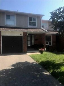 Well Maintained Townhouse For Sale In Mississauga