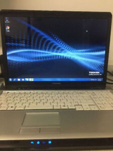 Toshiba laptop 17 inch screen