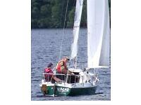 Hunter 19 foot Sailing Boat Dingy + Blacksmith Trailer + Bobbin Tender + Sails +