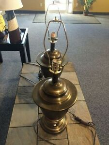 SET OF 2 ASHLEY FURNITURE LAMPS $30 AS IS
