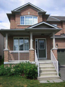 3 Bdrm House For Rent In Newmarket ON (Yonge & Davis)