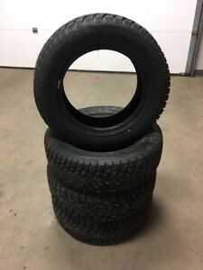 185/65R14 Studded winter tires