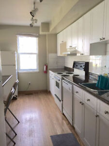 Student rent located between UWO campus and Downtown London Ontario image 5