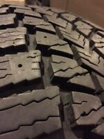 4 225/60R17 Maxxis Winter Tires
