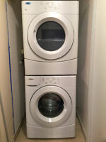 27'' Whirlpool Washer Dryer combo, stackable/side by side Watch|