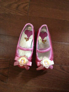Disney Sleeping Beauty Princess Aurora Shoes (Toddler Size 7/8)
