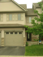 BEAUTIFUL 3 BEDROOMS TOWNHOUSE FOR RENT
