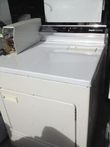 COIN OPERATED DRYER WITH KEYS.....$ 450.00.....647 970 1612