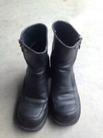 Ladies/womens size 7 Harley Davidson leather boots