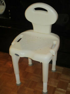 Chaise de douche (I-FIT INVACARE)