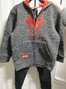Spiderman, Hoodie & Trackpants, size 5,(fits 5/6) BNWT, REDUCED