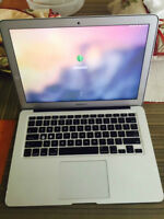 MacBook Air 13.3-inch i5, 8GB Ram 128GB SSD Hard
