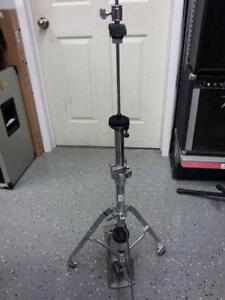 Pearl hi hat stand. We sell used goods 112100