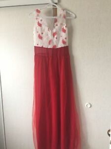Summer dress size Small. New never worn