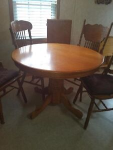 Solid 5PC Oak Dining Set