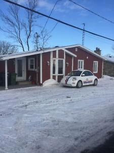 Maison unifamiliale - garage 2étages chauffé - bord de l'eau