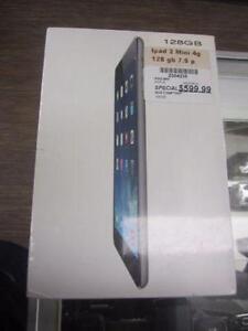 Tablette de marque IPAD 2mini, 128 GB  model ME836ca, neuf