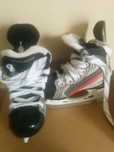 Boys Bauer skates Junior, kids size 7 West Island Greater Montréal image 2