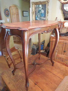 Antique Early Louis XV French Walnut Side Table