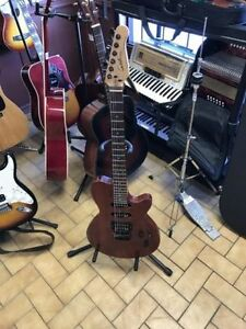 GUITARE GODIN MODELE EXIT22-S TRES BONNE CONDITION 279.95$
