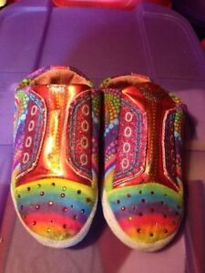Girls Sz 2Y Shoes St. John's Newfoundland image 8