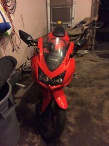 Kawasaki Ninja 250cc Red - $2400 O.B.O.