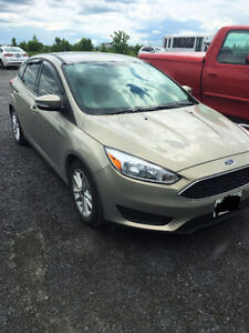 2015 Ford Focus Hatchback LEASE TAKEOVER !!