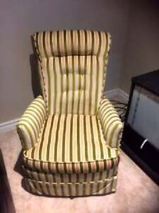 VINTAGE RETRO SWIVEL RECLINING UPHOLSTERED 2 CHAIRS