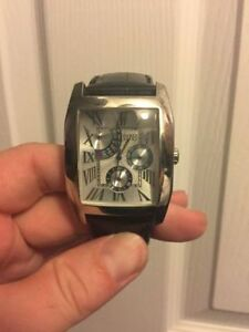 Watch Collection - Great Condition Gently Used- All Need Battery Kitchener / Waterloo Kitchener Area image 3