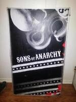 SELLING SONS OF ANARCHY BEER PONG TABLE + EXTRAS!!