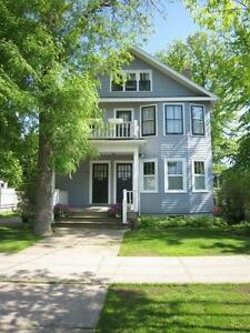 09-011 Delightful flat in South End, ideal for mature couple
