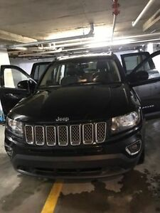 2014 JEEP COMPASS LIKE NEW LOW  MILEAGE EXCELLENT FOR WINTER