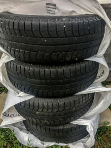 4 Michelin Latitude X-Ice 265 70 17 tires