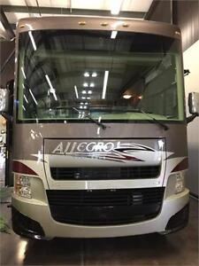 Luxury 2013 Allegro 34TGA by Tiffin Motors with only 7800KM