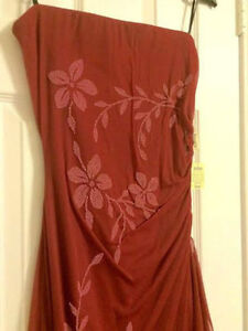 Brand New Evening Dresses ( with tags still on ) Cambridge Kitchener Area image 6