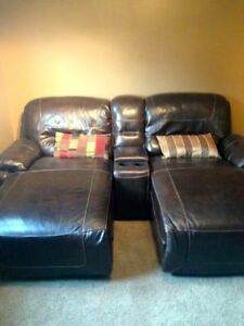 **FOR SALE** BROWN LEATHER 3 PIECE SECTIONAL