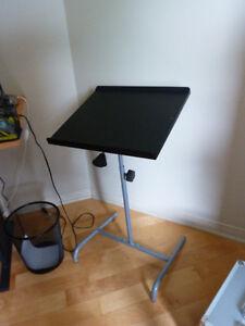 Table pour ordinateur portable inclinable
