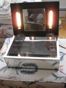 BEAUTIFUL OLD ANTIQUE MIRRORED/LIGHTED JEWEL BOX and TISSUE BOX