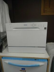 DANBY countertop dishwasher - Scratch & Dent Special!!