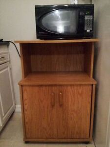 Microwave - black   - old - with Cart - Wood