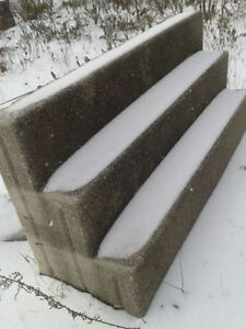 FREE cement steps Kitchener / Waterloo Kitchener Area image 1