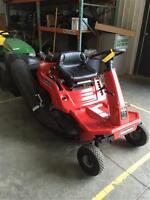 """2014 Snapper 28"""" Riding Lawn Mower"""