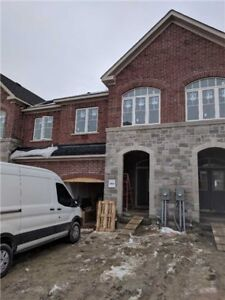 House for Sale in Newmarket at Maguire Rd