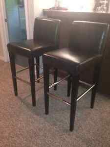 Leather bar stools never used